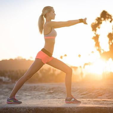 Sommer-Body behalten: Tipps zur Ernährung und Training