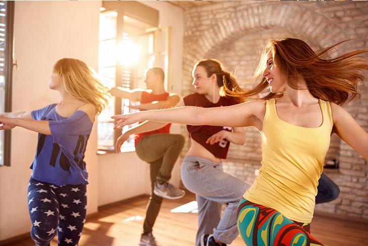 Tanz Reggaeton Gewicht verlieren